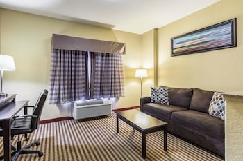 Quality Suites North