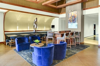 Lobby Sitting Area at Hyatt Place Secaucus/Meadowlands in Secaucus