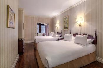 Deluxe Suite, 2 Queen Beds, Non Smoking