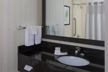 Guestroom at Fairfield Inn & Suites Orlando Lake Buena Vista in Orlando