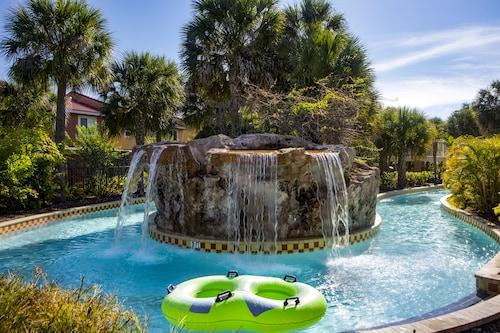 Fantasy World Resort image 3