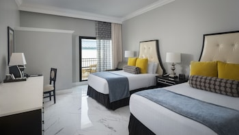 Deluxe Room, 2 Double Beds, Balcony