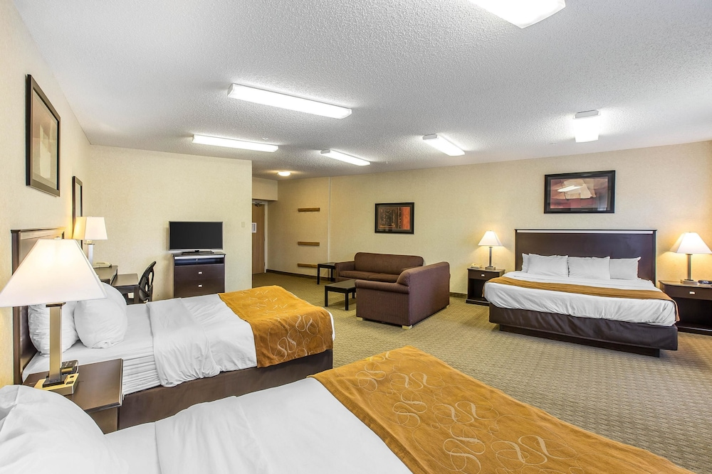 Suite, 1 King Bed, Non Smoking (Upgrade)