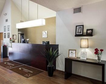 Lobby at Sleep Inn at North Scottsdale Road in Scottsdale