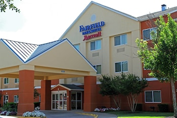 Featured Image at Fairfield Inn & Suites Dallas Park Central in Dallas