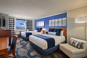 Premium Room, 2 Queen Beds, Smoking, Bay View