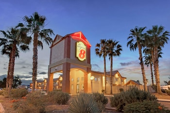 Hotel - Super 8 by Wyndham Tucson/Grant Road Area AZ