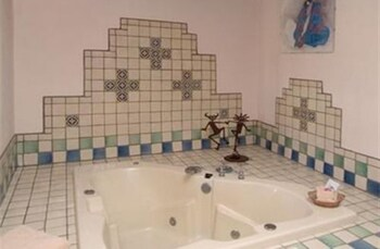 American Artists Gallery House B & B - Bathroom  - #0