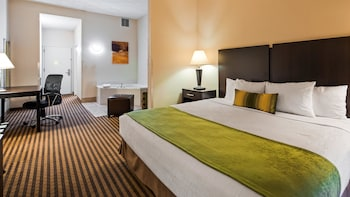 Standard Room, 1 King Bed, Accessible, Jetted Tub