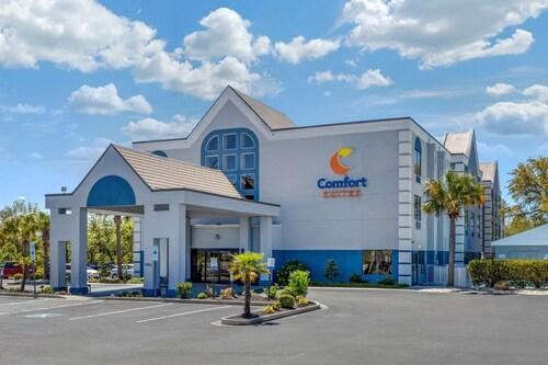 . Comfort Suites Southport - Oak Island