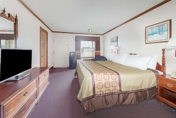 Business Room, 1 King Bed, Smoking