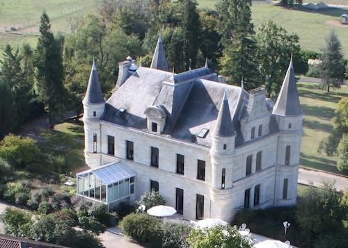 . Chateau Camiac