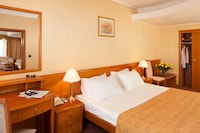 Grand Suite, 1 Double Bed (free access to fitness facilities)