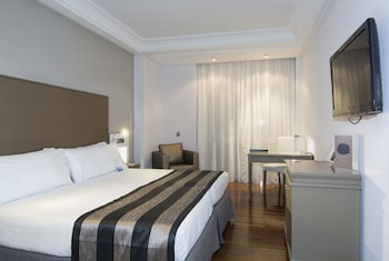 Melia Room