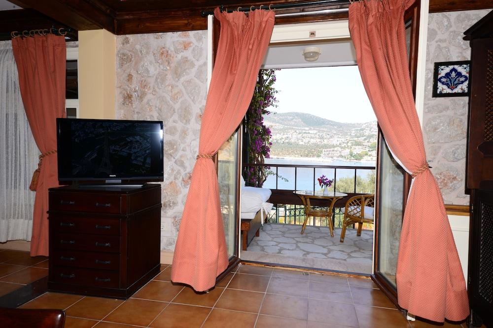 파타라 프린스 호텔 & 리조트 - 스페셜 클래스(Patara Prince Hotel & Resort - Special Class) Hotel Image 32 - Balcony