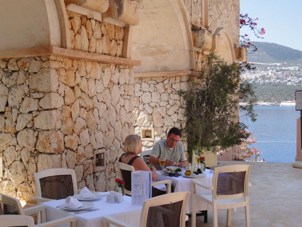 파타라 프린스 호텔 & 리조트 - 스페셜 클래스(Patara Prince Hotel & Resort - Special Class) Hotel Image 68 - Outdoor Dining