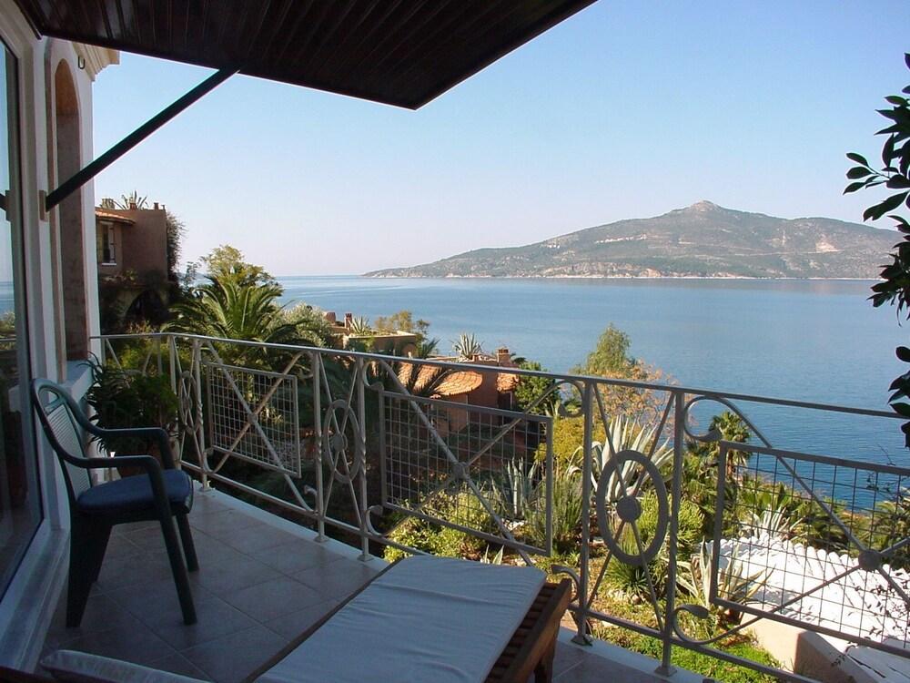 파타라 프린스 호텔 & 리조트 - 스페셜 클래스(Patara Prince Hotel & Resort - Special Class) Hotel Image 30 - Balcony