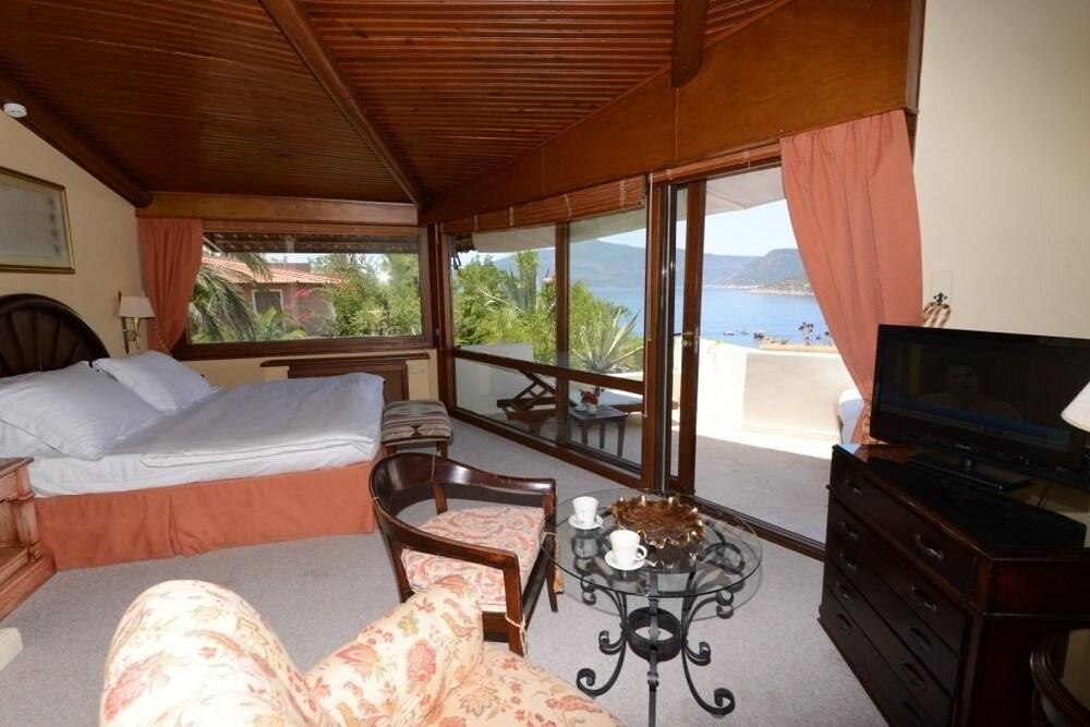 파타라 프린스 호텔 & 리조트 - 스페셜 클래스(Patara Prince Hotel & Resort - Special Class) Hotel Image 25 - Living Area