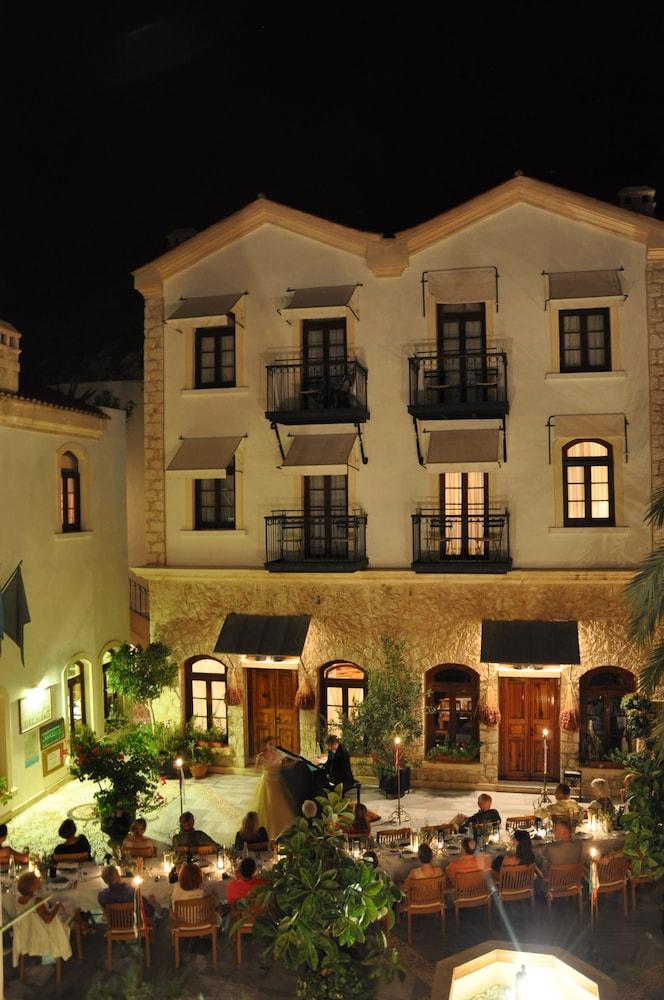 파타라 프린스 호텔 & 리조트 - 스페셜 클래스(Patara Prince Hotel & Resort - Special Class) Hotel Image 70 - Outdoor Dining