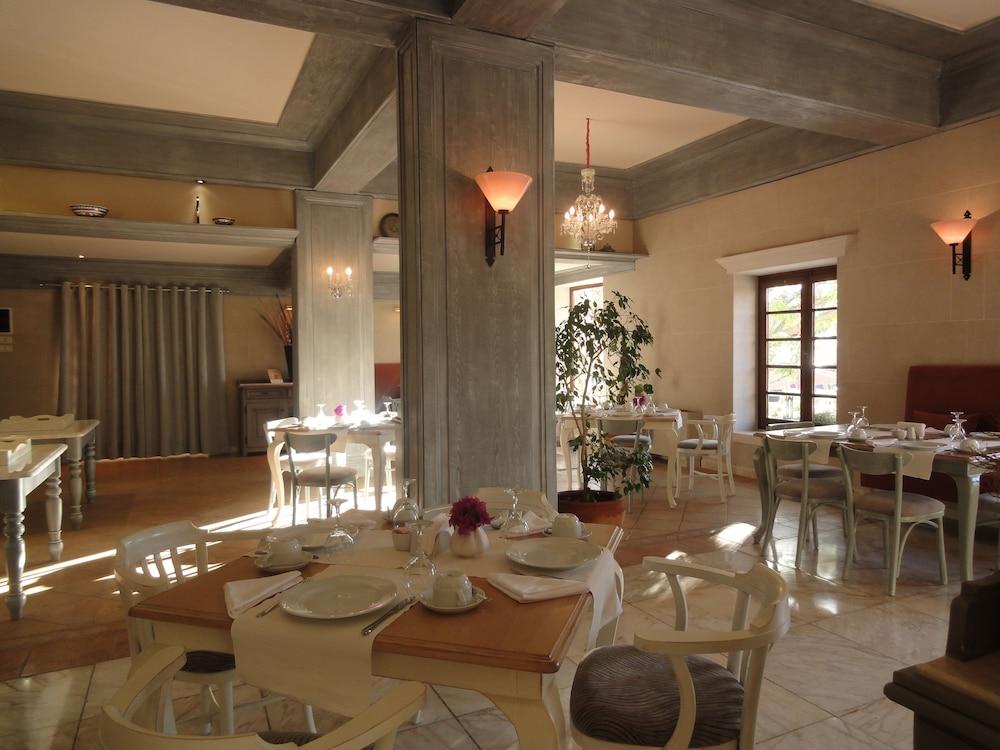 파타라 프린스 호텔 & 리조트 - 스페셜 클래스(Patara Prince Hotel & Resort - Special Class) Hotel Image 59 - Restaurant