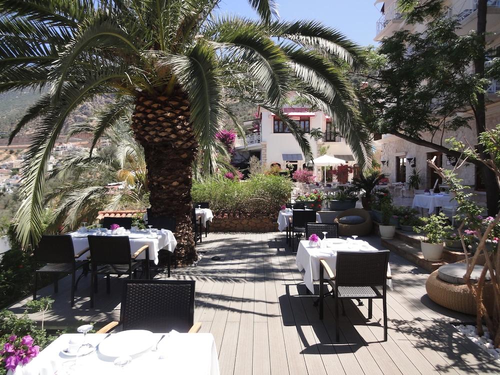 파타라 프린스 호텔 & 리조트 - 스페셜 클래스(Patara Prince Hotel & Resort - Special Class) Hotel Image 71 - Outdoor Dining