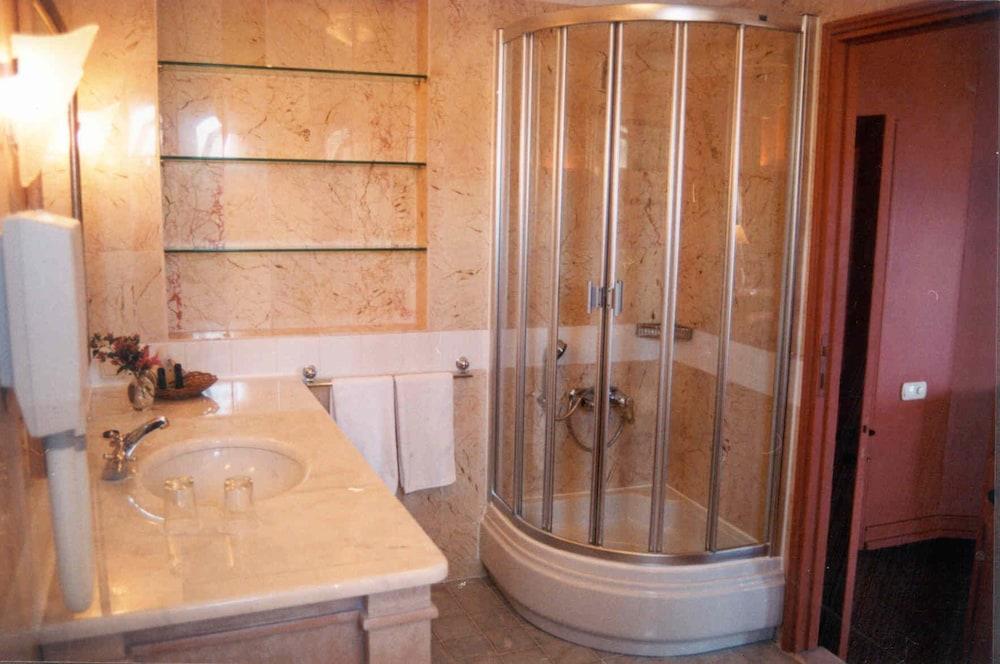 파타라 프린스 호텔 & 리조트 - 스페셜 클래스(Patara Prince Hotel & Resort - Special Class) Hotel Image 42 - Bathroom