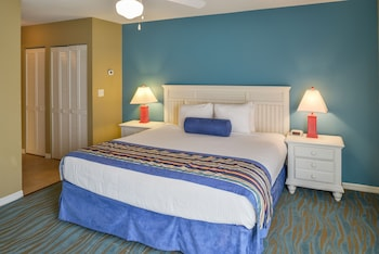 Guestroom at Barefoot N Resort by Diamond Resorts in Kissimmee