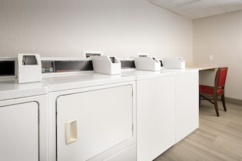 Baltimore Vacations - Holiday Inn Express & Suites Baltimore - BWI Airport North - Property Image 1