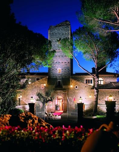 . Castello della Castelluccia