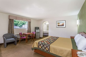 Suite, 2 Double Beds, Jetted Tub