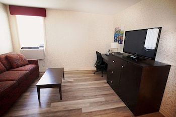 Executive Room, 1 King Bed with Sofa bed, Non Smoking, Refrigerator