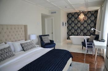 Lafontaine Executive Suite, Park View