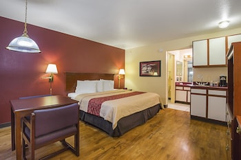 Guestroom at Red Roof Inn Las Vegas in Las Vegas