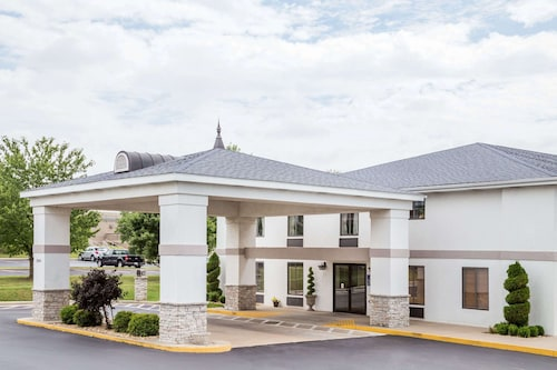 . Days Inn by Wyndham Battlefield Rd/Hwy 65