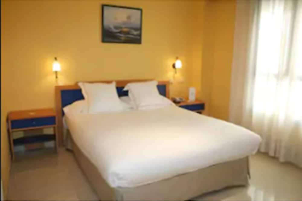 Hotel Villa de Pinto, Imagen destacada