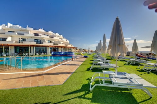 __{offers.Best_flights}__ SBH Crystal Beach Hotel & Suites - Adults Only