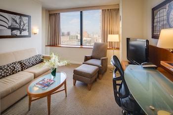 Junior King Suite City View