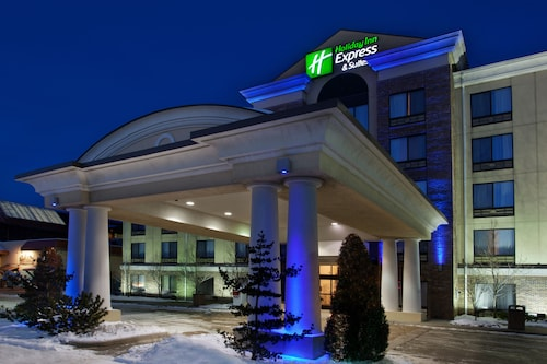 . Holiday Inn Express Hotel & Suites Erie (Summit Township)