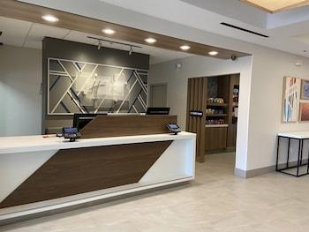 亞特蘭大約翰斯溪智選假日套房飯店 Holiday Inn Express Hotel & Suites Atlanta Johns Creek, an IHG Hotel