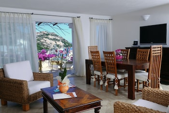 Apartment, 1 Bedroom, Partial Sea View