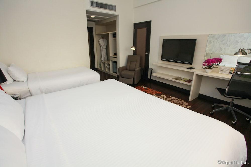 ビレッジ ホテル ブギス、ファー イースト ホスピタリティ