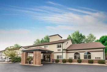 Budget Inn and Suites Streator