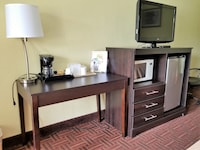 Suite, 1 King Bed, Jetted Tub at Super 8 by Wyndham Bellmawr NJ/Philadelphia PA Area in Bellmawr