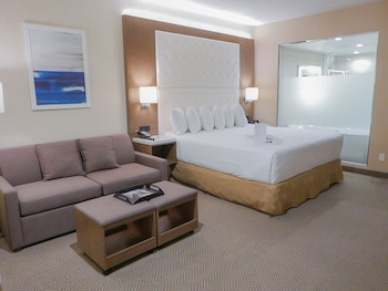 Suite, 1 King Bed (Stay Well)