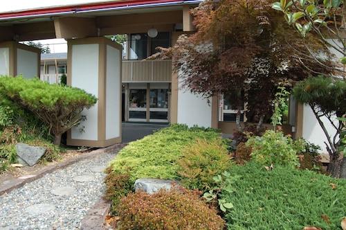 . Western Inn Lakewood/Tacoma