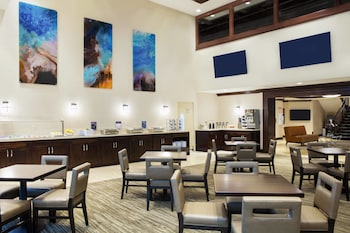 Miami Vacations - Residence Inn by Marriott Miami Aventura Mall - Property Image 1