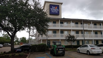 InTown Suites Clearlake/Hobby Airport