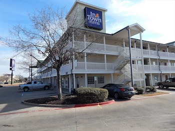 InTown Suites Extended Stay Lewisville TX East Corporate Drive