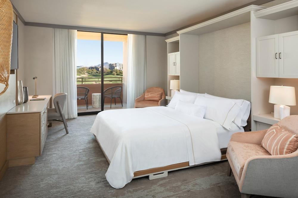 Executive Suite, 1 Bedroom, Non Smoking (SW-M)