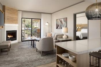 Suite, 1 Bedroom, Pool View, Poolside (SW-M)